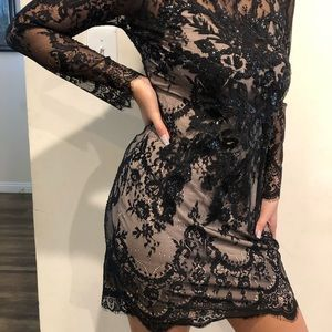 Black long sleeve express dress
